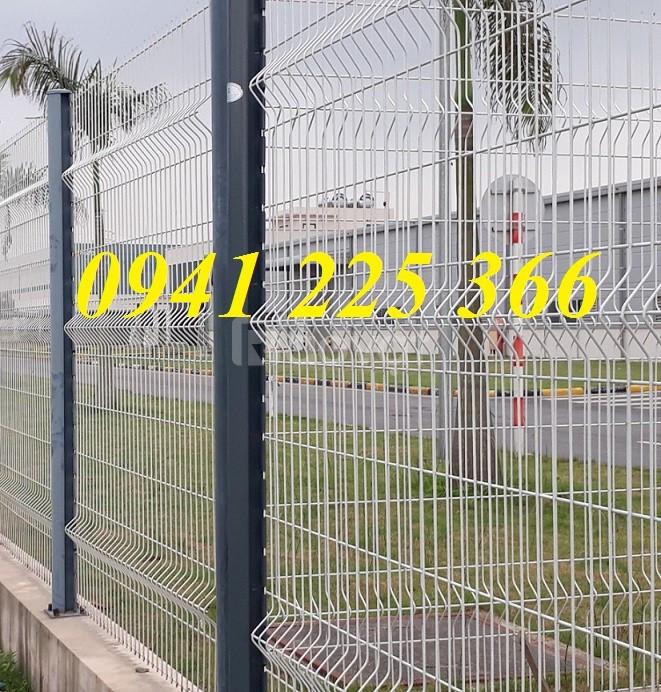 Hàng rào lưới thép gập hai đầu