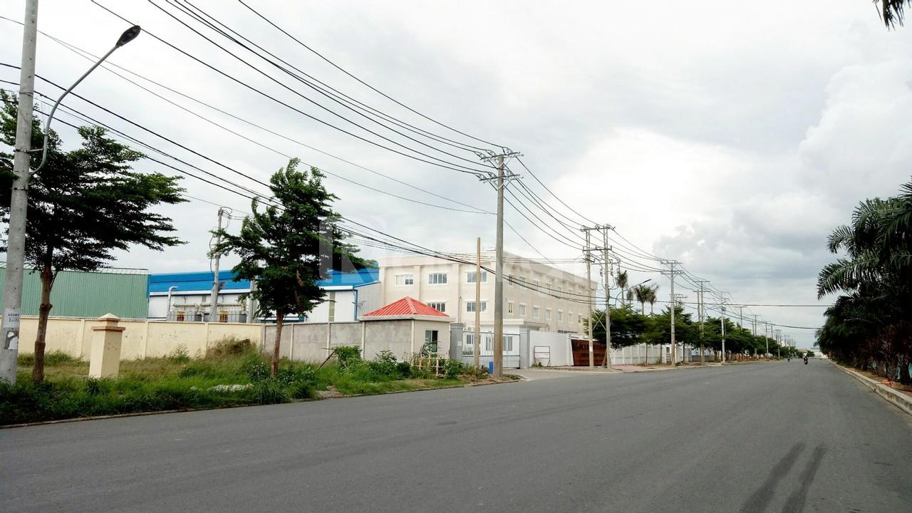 Cần bán 2 lô 260m2 đất xây trọ cách kcn Tân Đô 100m,  giá 1,9 tỷ/130m2