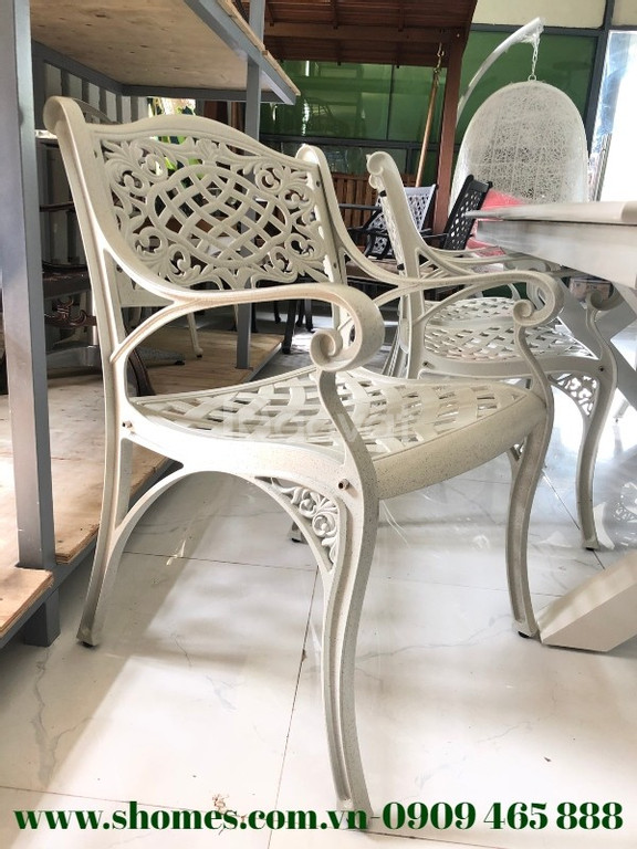 Bộ bàn ghế nhôm đúc màu trắng cỡ lớn