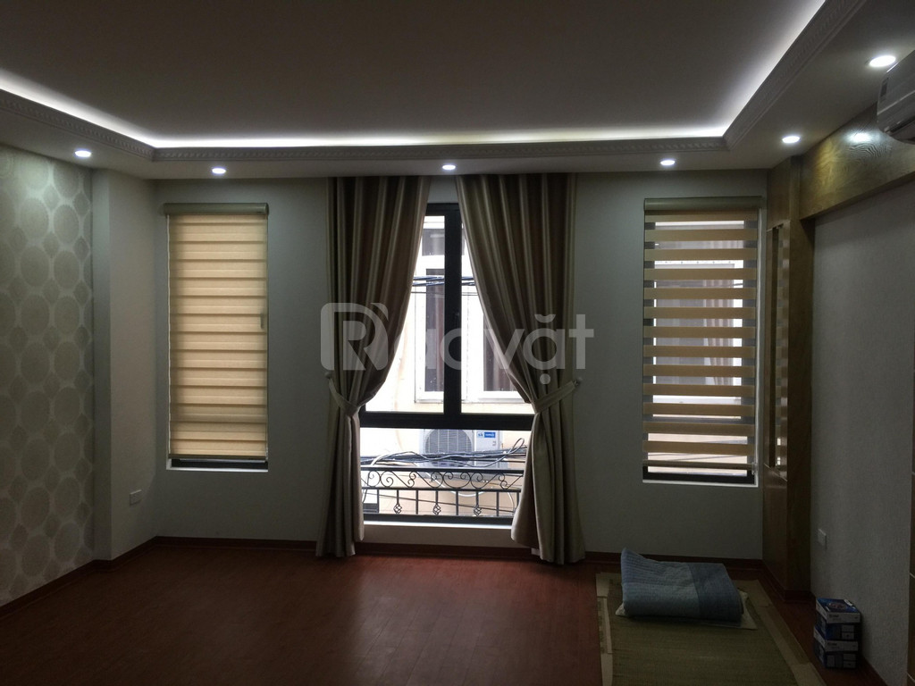 Bán nhà riêng tại Xuân La, DT 35m2 xây mới 5 tầng với 2 mặt thoáng