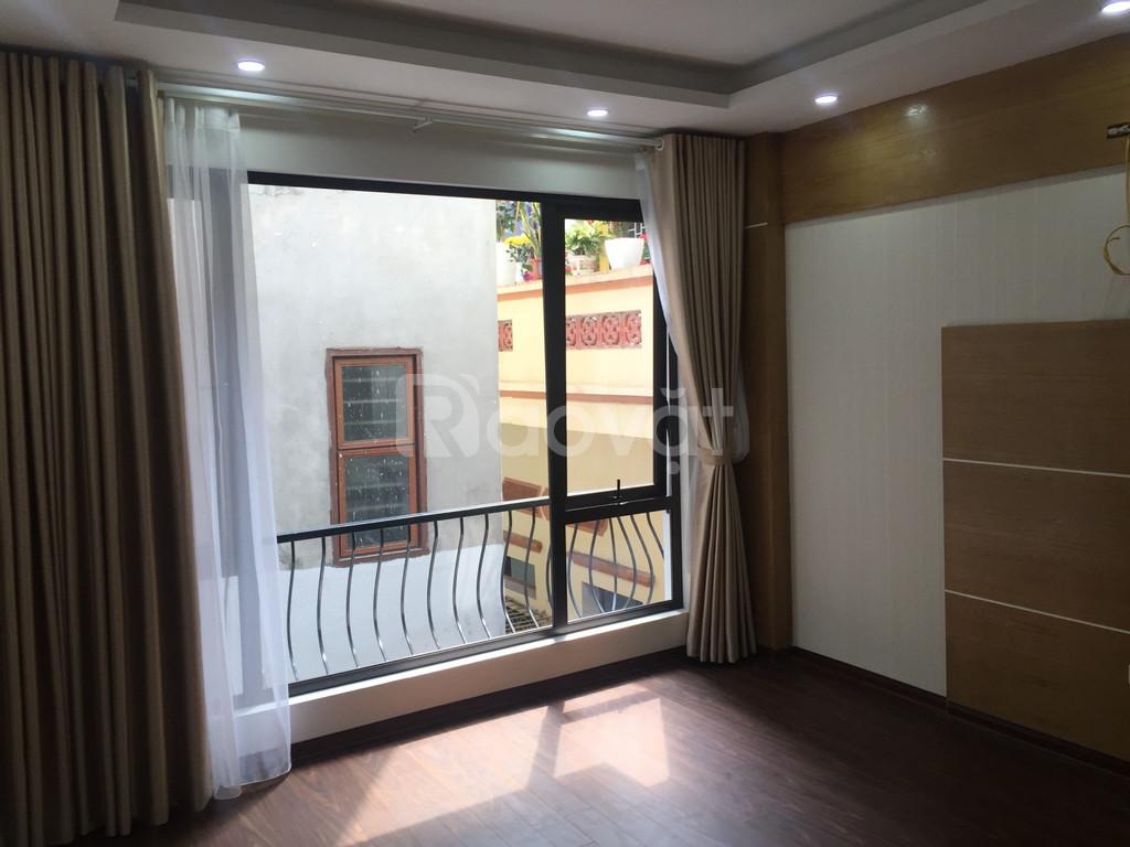 Bán nhà 39m2 phường Xuân Đỉnh, 5 tầng, ngõ thông đường Phạm Văn Đồng