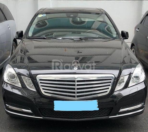 Cần bán gấp Mercedes E300 đời 2012 giá rẻ
