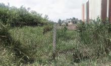 Bán mảnh đất đẹp, gần mặt tiền QL50, giá tốt ở Bình Chánh