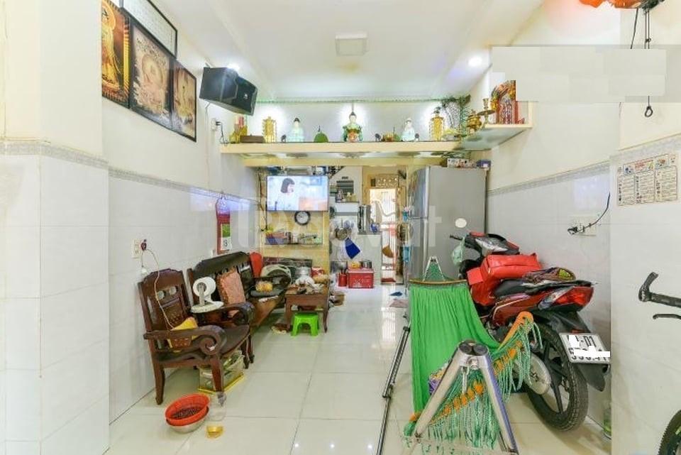 Bán nhà 2 mặt HXH đường Nguyễn Thần Hiến Quận 4