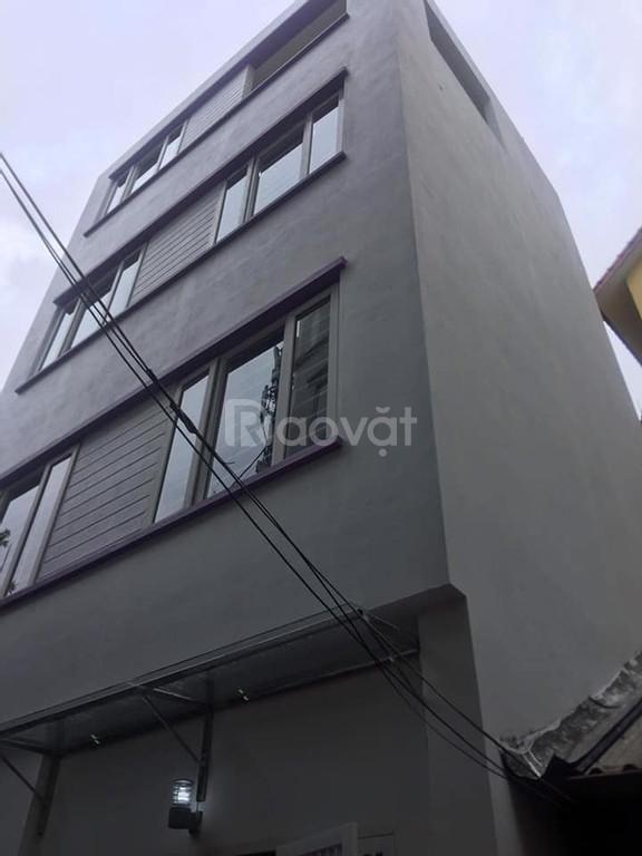 Bán nhà ngõ 29 Khương Hạ, 35m2, 4 tầng, 2.85 tỷ, 20m ô tô tránh.