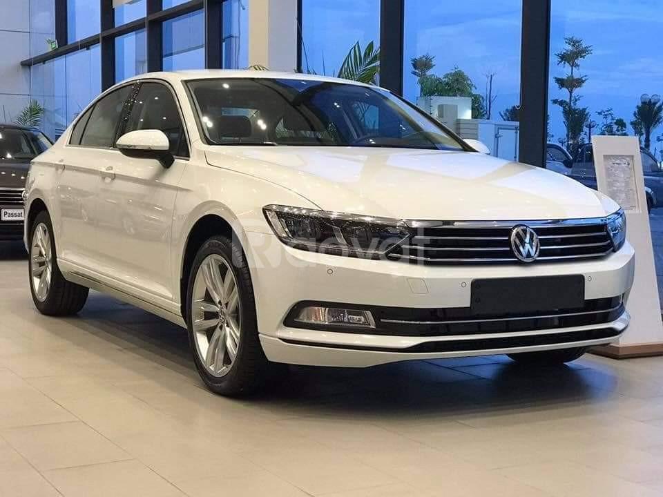 Volkswagen Passat BlueMotion giảm giá 177 triệu + quà tặng