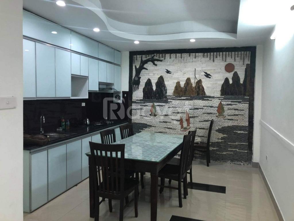 Bán nhà ở Nguyễn Văn Cừ, 4 tầng, lô góc thoáng đẹp giá chỉ 2,8 tỷ