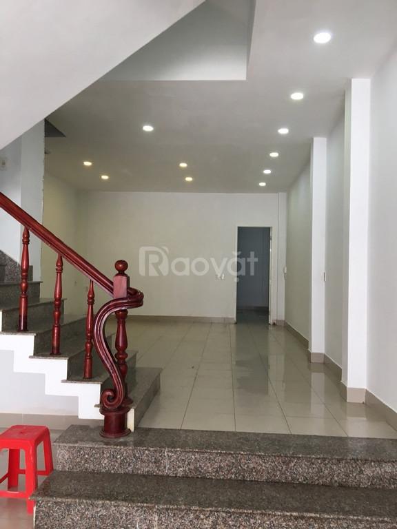 Cho thuê nhà mặt bằng tại Nguyễn Thiện Thuật, Lộc Thọ, Nha Trang