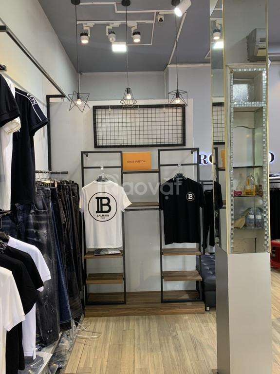 Cho thuê cửa hàng có vị trí đắc địa Số 4 Phố Quán Thánh, Ba Đình