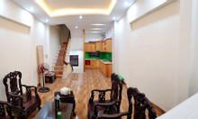 Bán nhà Hoàng Quốc Việt, đường ô tô, 2 thoáng, giá 6.6 tỷ