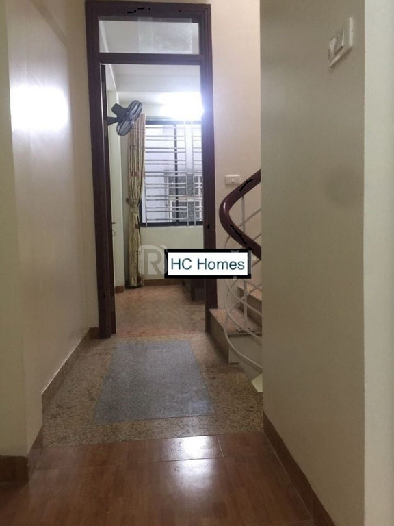Cho thuê nhà nguyên căn 50m2*5 tầng Khương Hạ gần Ngã Tư Sở