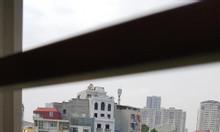 Chính chủ cho thuê căn hộ tập thể giá rẻ ngay chợ Đồng Xa, Cầu Giấy.