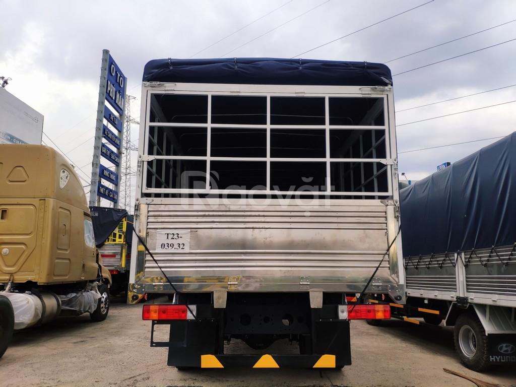 Đại lý xe tải faw 9 tấn thùng dài chở hàng nhẹ mút xốp, bao bì giấy