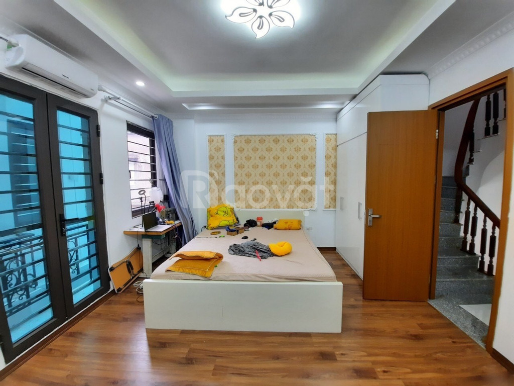 Nhà đẹp long lanh, phố thông Minh Khai,Trương Định, Đền Lừ 5 tầng 30m2