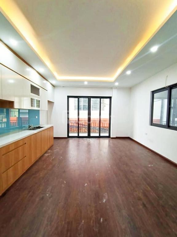 Bán nhà ngõ 93 Hoàng Văn Thái, 50m, MT 4m giá chỉ 3,65 tỷ