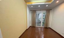 Bán nhà ngõ Kim Mã 50m2, 5 tầng, 6 PN giá 4,75 tỷ