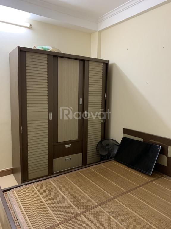 Cho thuê căn hộ tập thể HV Quốc Phòng, full NT, giá rẻ tại Nghĩa Đô.