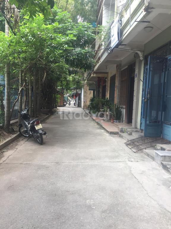 Nhà 30 m2 x 5 tầng, full nội thất, Trương Định, Hai Bà Trưng