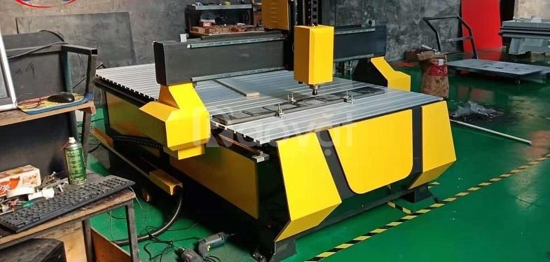 Máy cnc 1 đầu cắt gỗ, máy cnc 1325 cắt nội thất giá chỉ 7X triệu