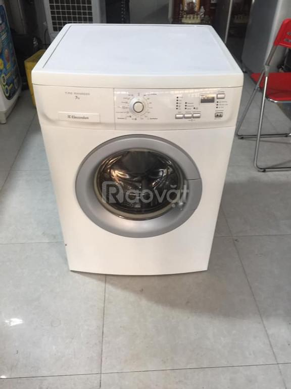 Máy giặt cửa ngang 7kg electrolux