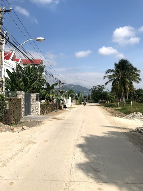 Bán lô đất Vĩnh Trung Nha Trang, đường oto rộng 6m, ngang 6m