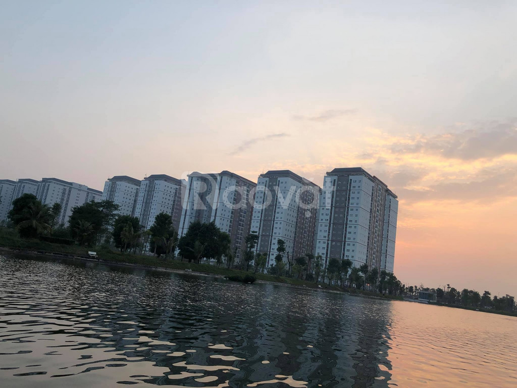 Bán liền kề biệt thự khu nhìn hồ 12 ha Thanh Hà Cienco 5 giá rẻ