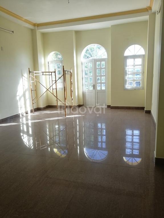 Cho thuê nhà nguyên căn tại đường Lê Hồng Phong, Phước Hòa, Nha Trang
