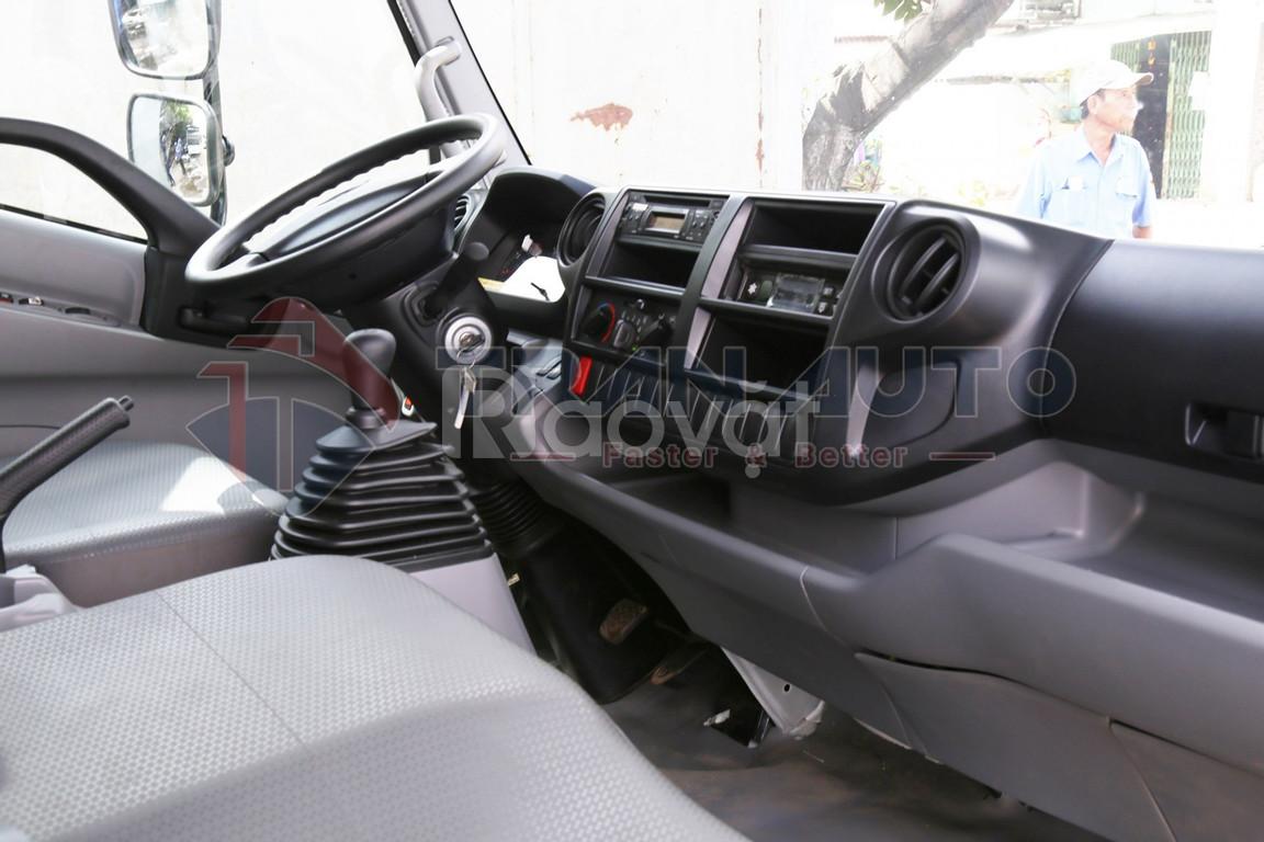 Xe tải HINO 300 XZU-720 thùng đông lạnh