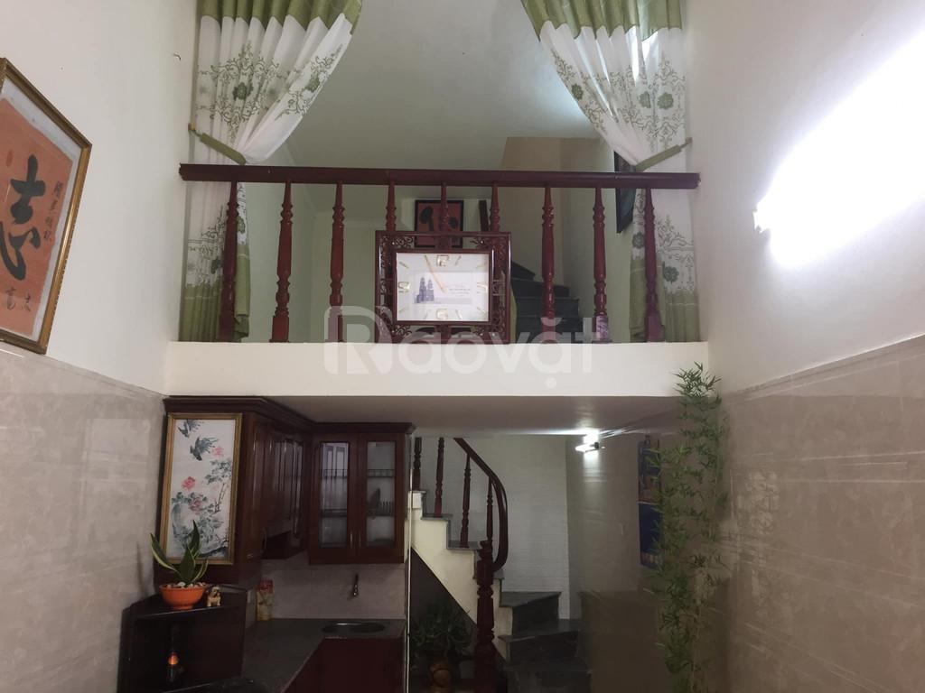 Nhà lô góc phố Minh Khai, Hai Bà Trưng