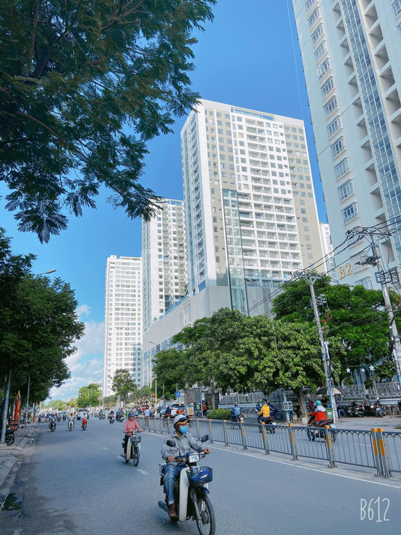 Bán căn hộ chung cư Chánh Hưng Giai Việt Q8 2pn,3pn
