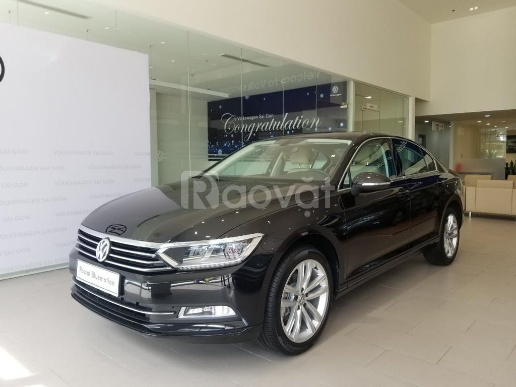 Volkswagen Passat BlueMotion ưu đãi khủng lên đến  230 triệu