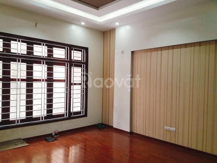 Bán 5 căn nhà mới, phố Vũ Trọng Phụng, 6 tầng, giá 6-7 tỷ.