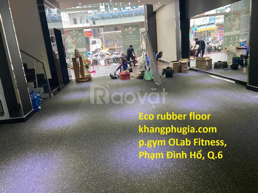 Thi công sàn cao su phòng gym fitness