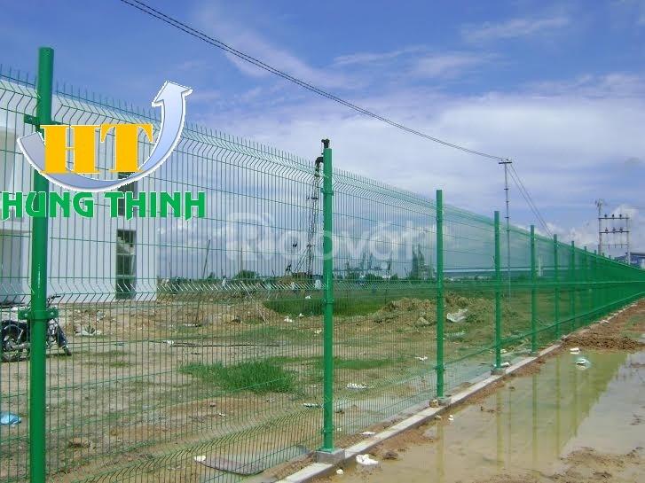 Hàng rào mạ kẽm sơn tĩnh điện D5 a50x200 chấn sóng