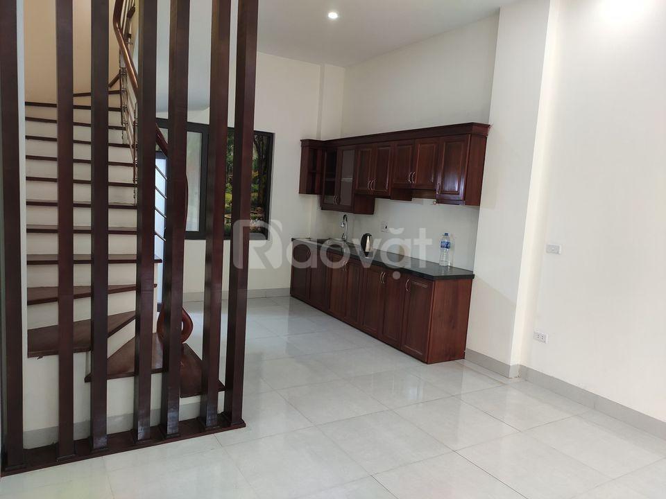 Nhà Phạm Văn Đồng 35m đẹp ở luôn giá 3,8 tỷ