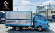Xe tải JAc 1 tấn 5 thùng kín cánh dơi
