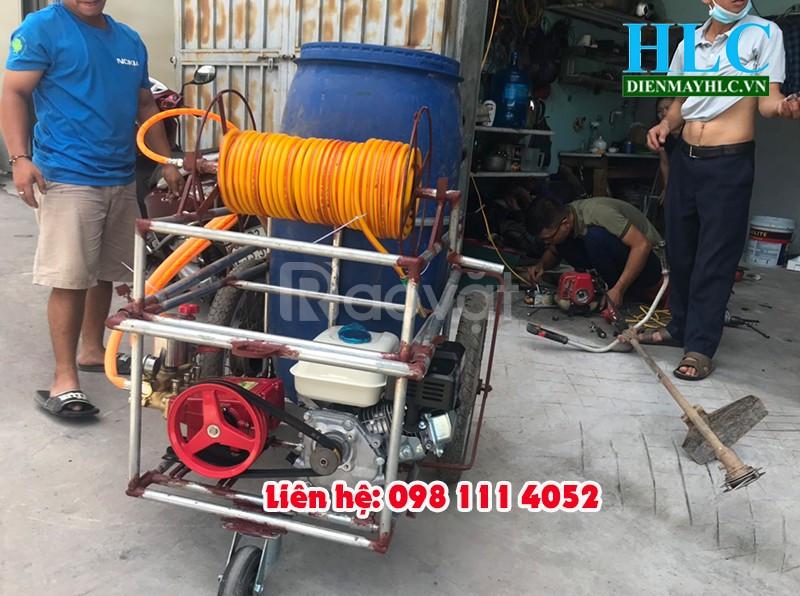Máy phun thuốc trừ sâu tự chế áp lực tại Điện Máy Hoàng Long