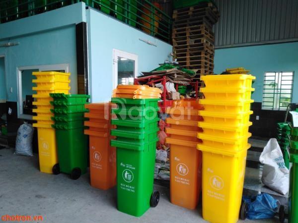 Thùng rác nhựa môi trường 120 lít, 240 lít giá rẻ