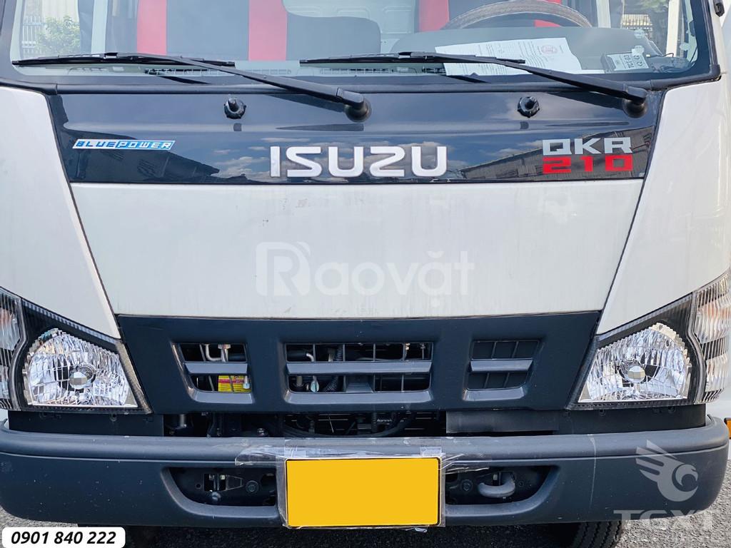 Isuzu QKR210 thùng bạt, trả trước 120tr nhận xe