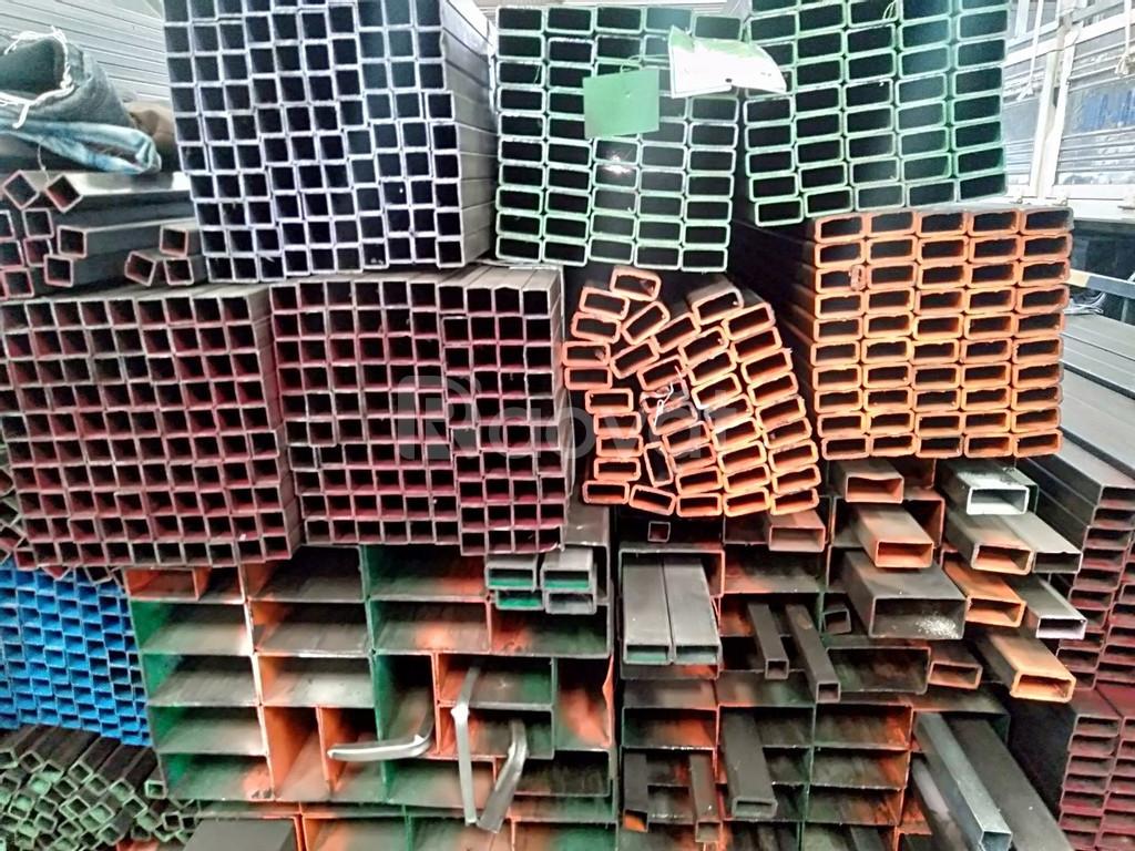 Sắt vuông hình hộp 40x80,thép hộp đen 50x100 ,thép hình hộp 60x120
