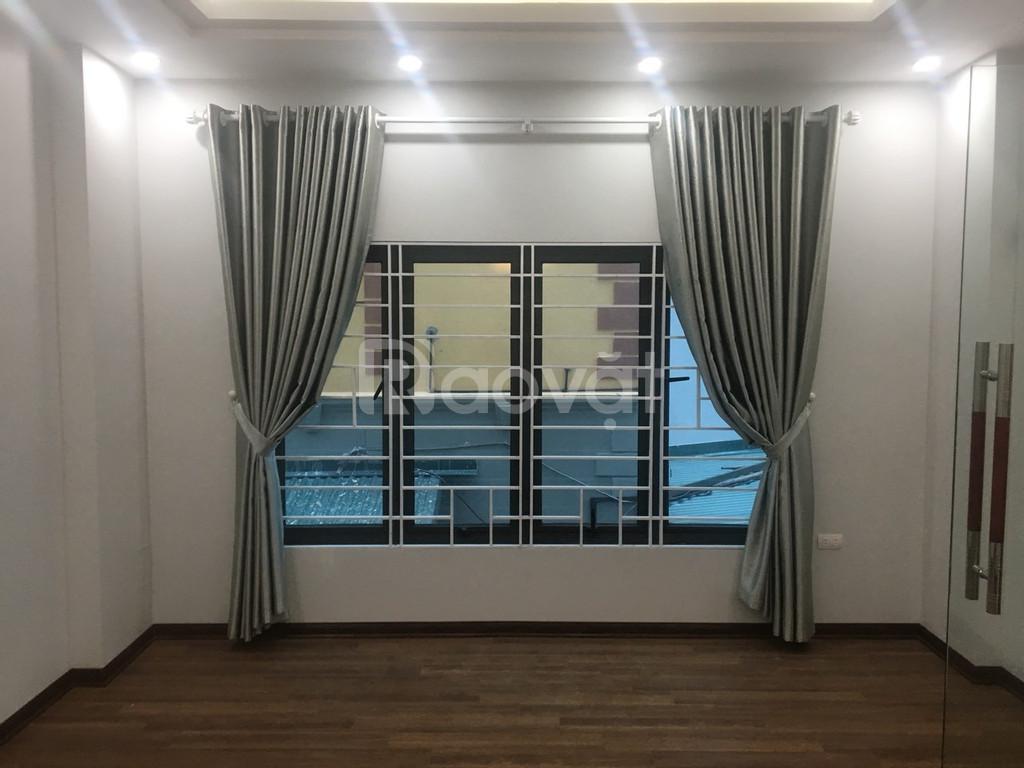 Bán nhà Xuân La, 5 tầng với 2 mặt thoáng,  35m2 ngõ thông Võ Chí Công