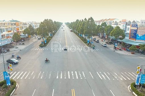 Nhà trung tâm thị xã Mỹ Hào, lô góc, DT 290m2, MT 8.8m, 12 tỷ