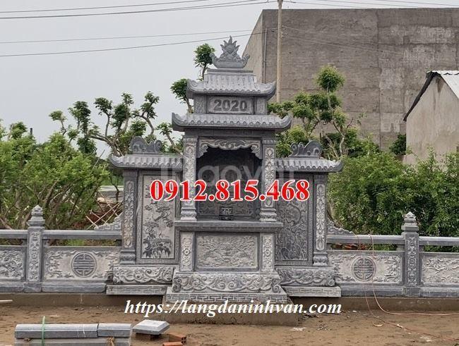 Xây lăng mộ gia đình tại Sài Gòn bằng đá khối tự nhiên đẹp