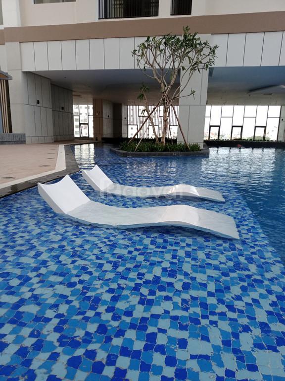 Giường tắm nắng Composite không chân