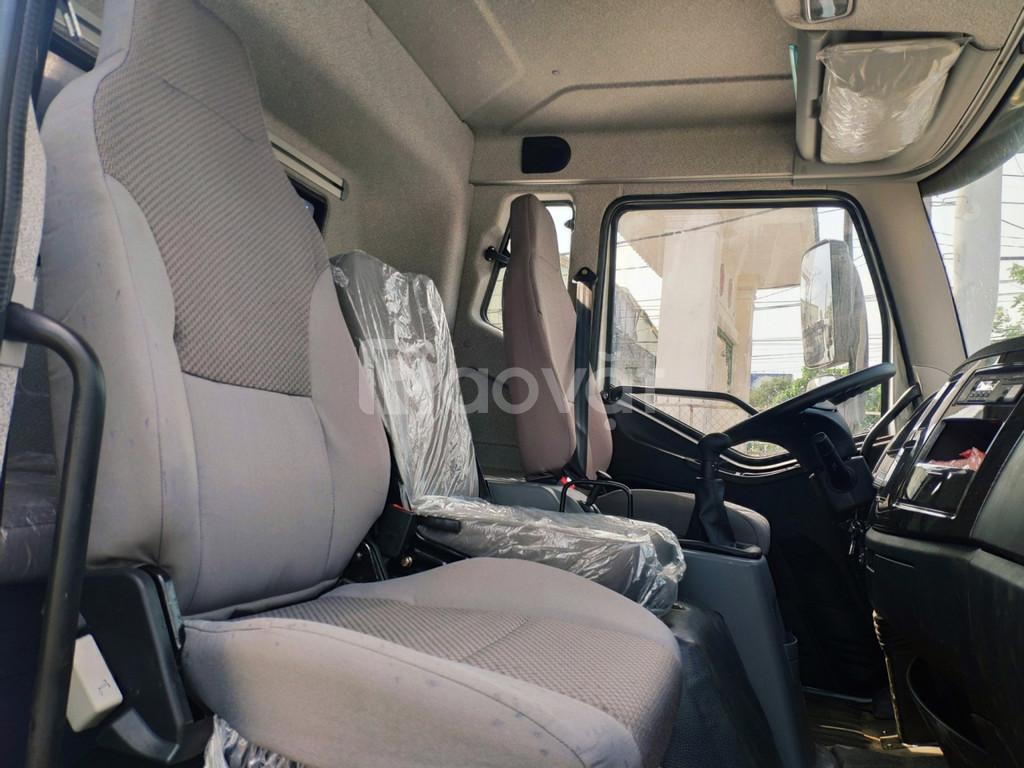 Bán xe tải Faw 7t25 thùng dài 9m7 trả trước từ 300 triệu nhận xe