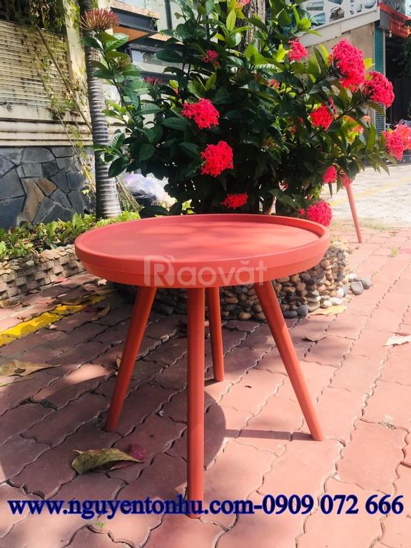Bộ bàn ghế nhựa nguyên khối
