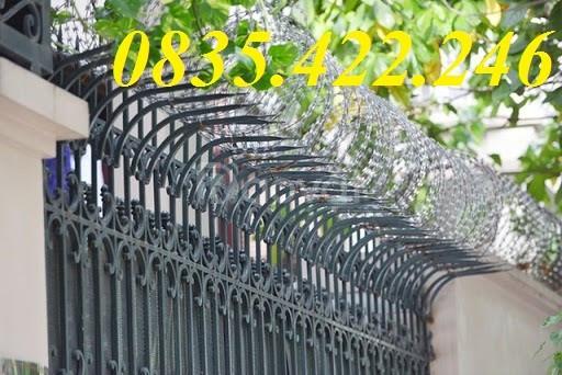 Dây thép gai thường nhọn, hàng rào dây thép gai bảo vệ