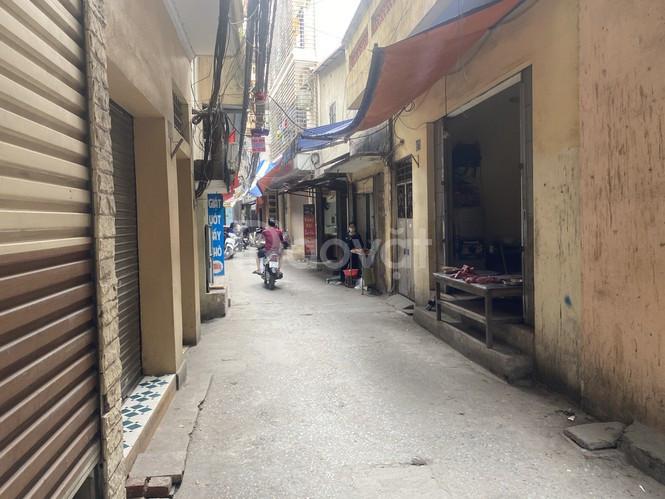 Bán nhà Khương Trung, gần mặt phố, chủ để lại nội thất, 34m2