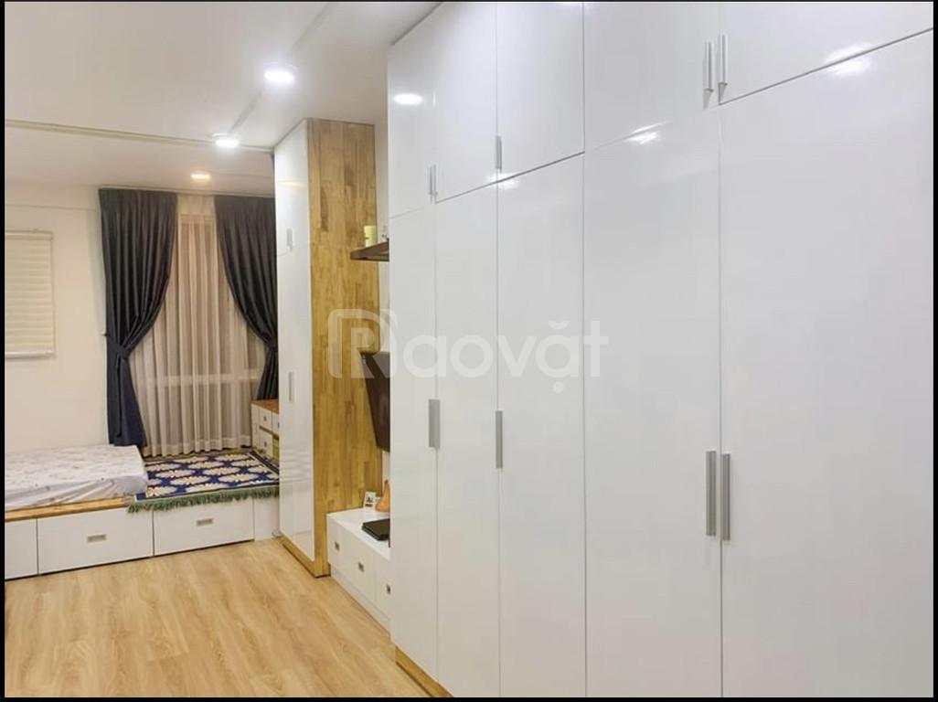 Chủ nhượng lại căn nhà Q7 full nội thất giá 960tr DT40m2