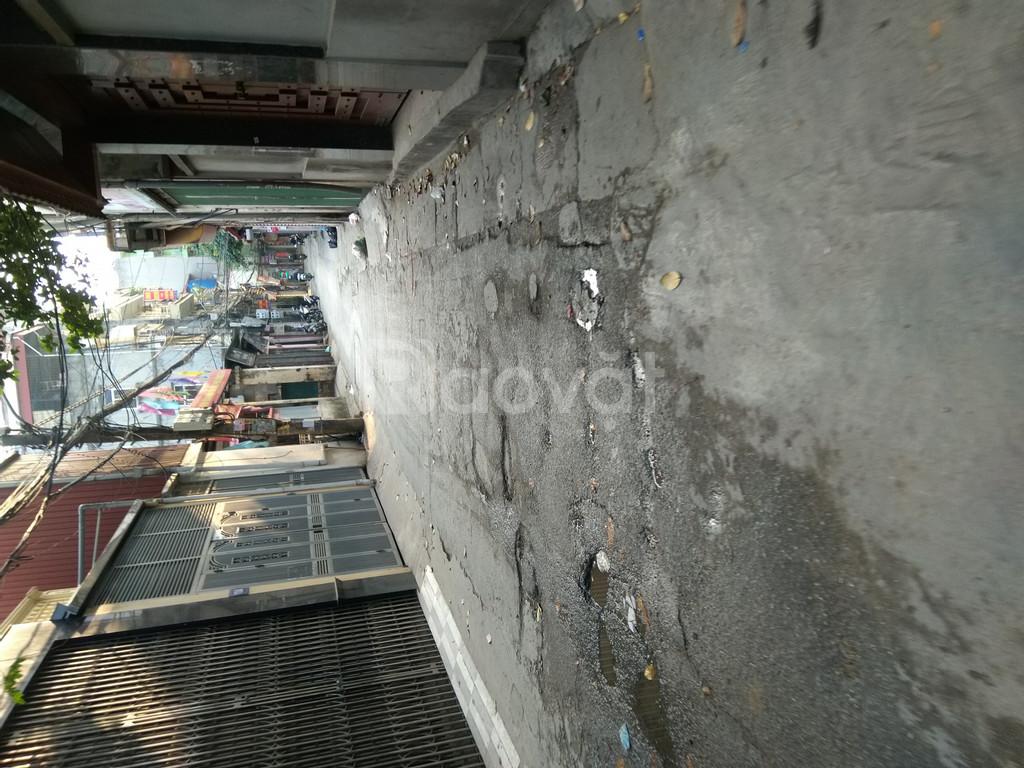 Bán nhà 38 m2 x 5 tầng, 3,3 tỷ tại Phạm Văn Đồng, gần Trần Cung